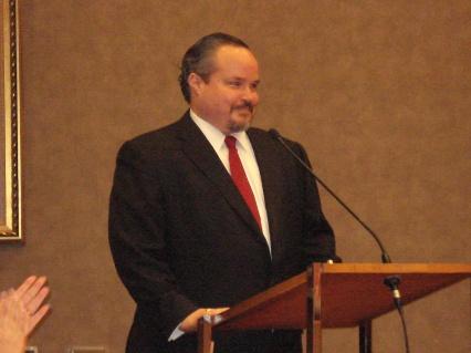 Leo Vasquez